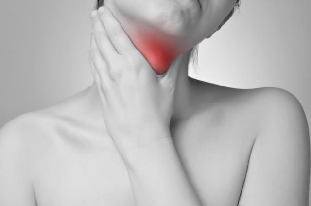 Foto Problemi alla tiroide: i sintomi