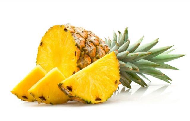 Foto I Cani possono mangiare ananas?
