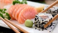 sushi salmone